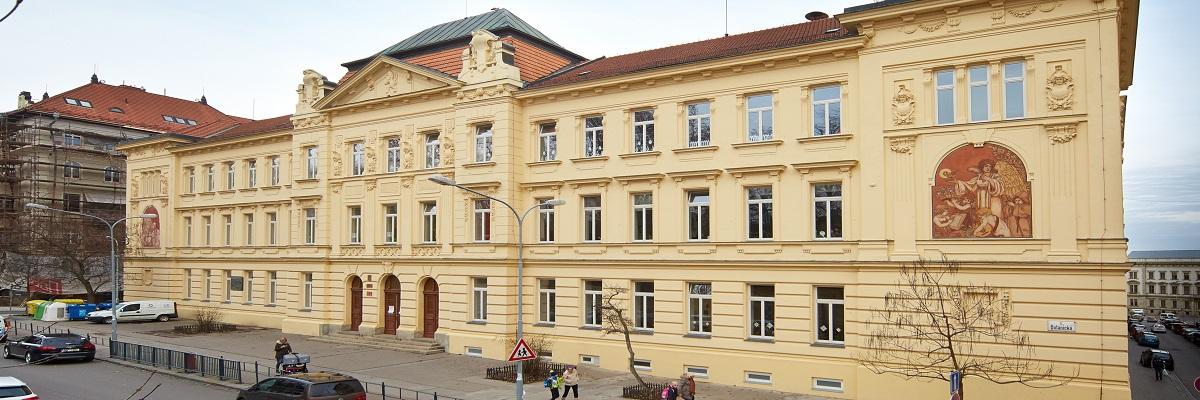 ZŠ Antonínská, budova školy